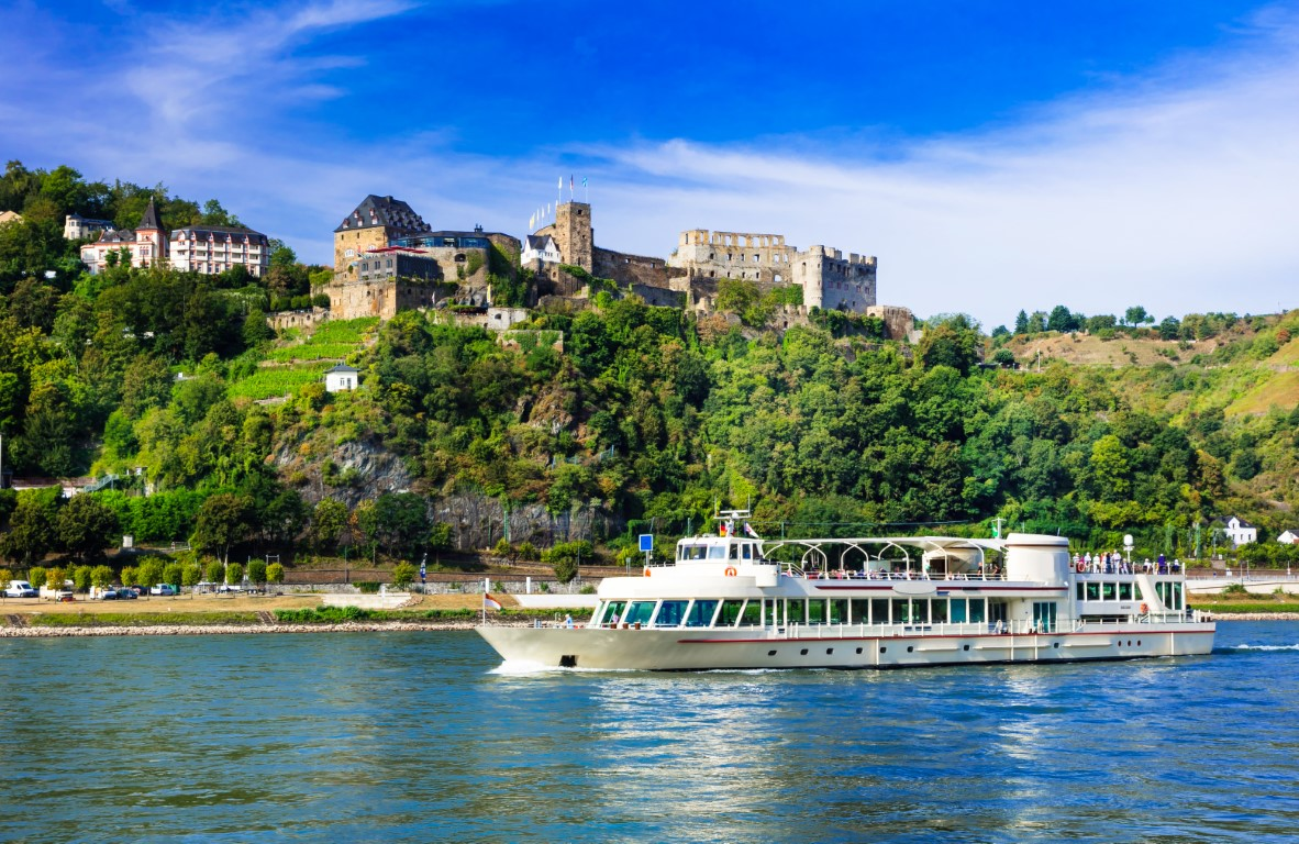 How to take advantage of River Cruise Wave Season Sales?