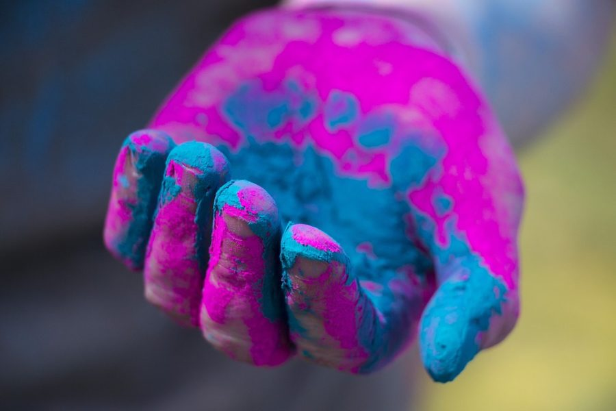 Best cities to travel for Holi festival