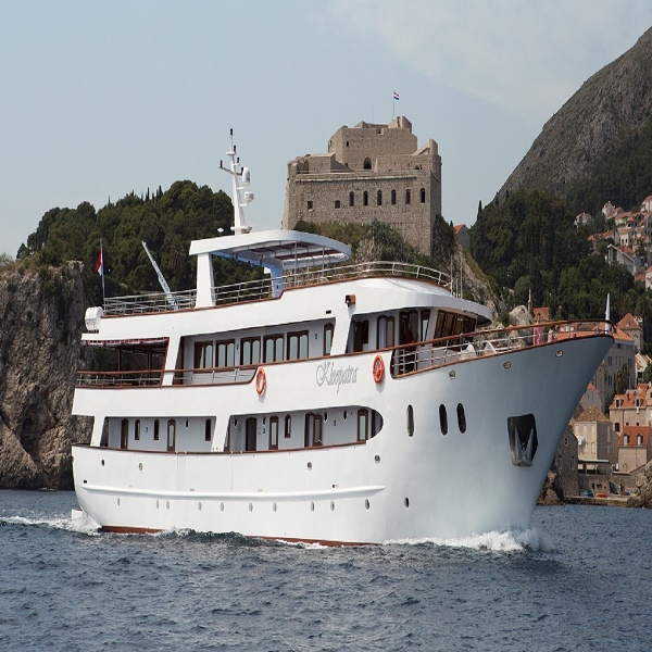 Adriatic Cruise in Style