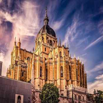 Paris, Lourdes and the Best of Spain and Portugal