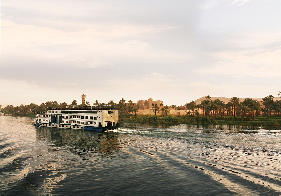 Ancient Egypt And Modern Dubai (Mission Regional Chamber of Commerce)