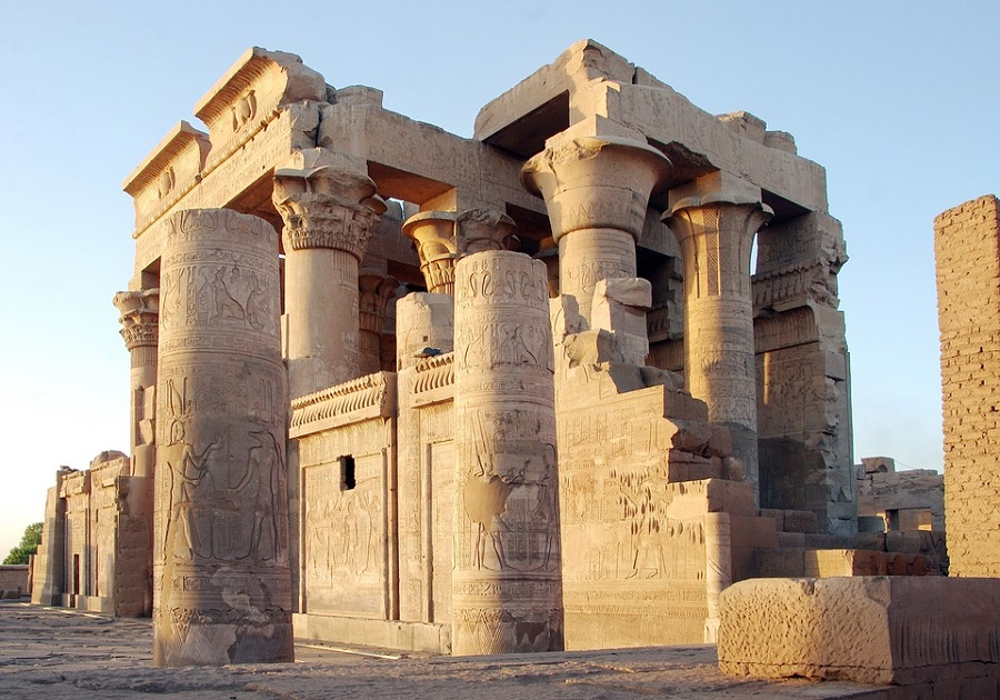 Kom-OmboTemple